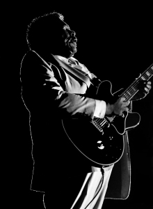 BB King in silhouette